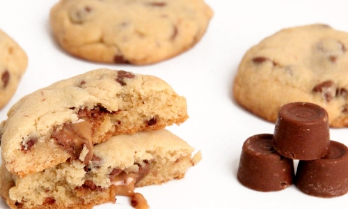 Rolo Stuffed Cookies