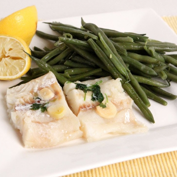 Nonna's Steamed Cod and Green Beans