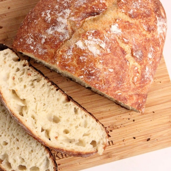 No Knead Rustic Dutch Oven Bread