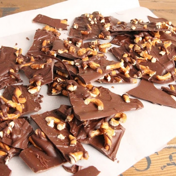 Salted Pretzel Bark