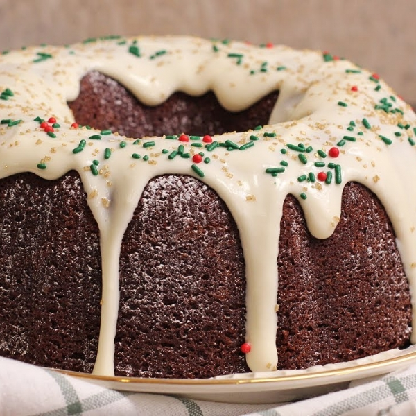 Gingerbread Bundt Cake with Cream Cheese Frosting