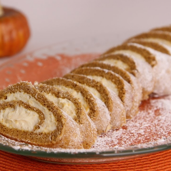 Pumpkin Cake Roll