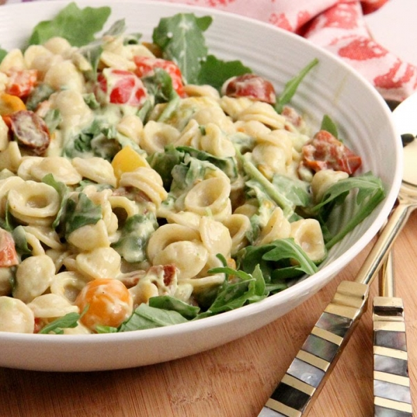 BLT Pasta Salad with Avocado Ranch Dressing