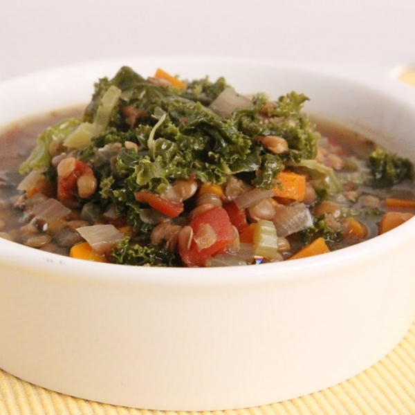 Crockpot Lentil and Kale Soup