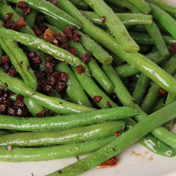 Pancetta and Balsamic Green Beans