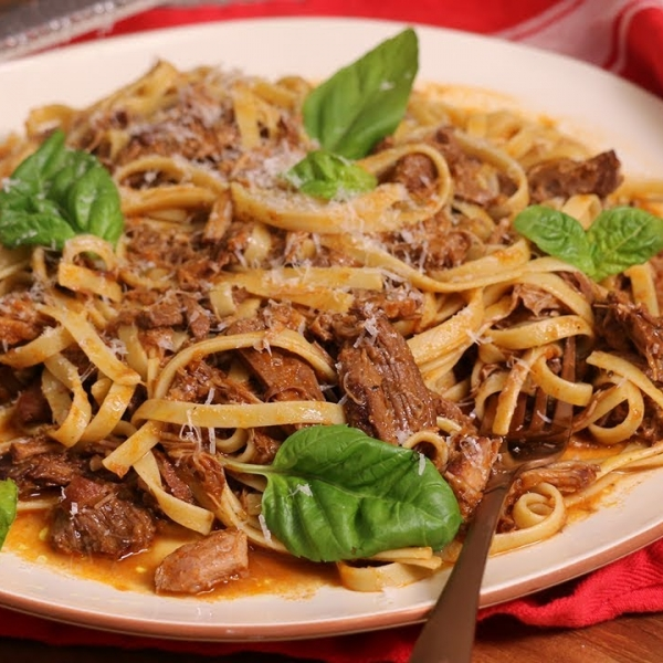 Slow Cooked Shredded Beef Ragu