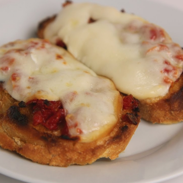 Sun Dried Tomato and Smoked Mozzarella Bruschetta